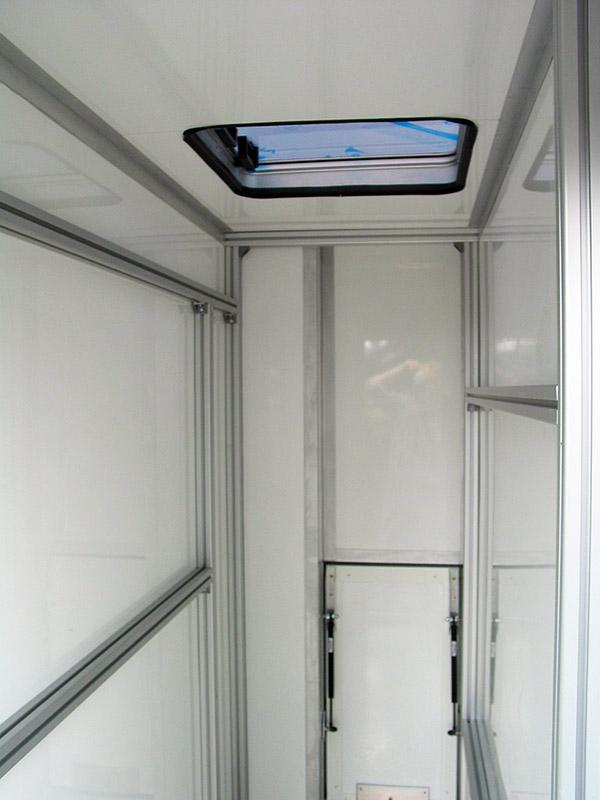 kabinenverl ngerung moser fahrzeugbau. Black Bedroom Furniture Sets. Home Design Ideas