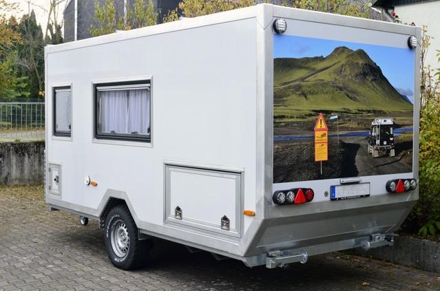 offroad caravan 2 komfortwohnanh nger moser fahrzeugbau. Black Bedroom Furniture Sets. Home Design Ideas
