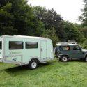 Offroad-Caravan X-Indoor / Produkt: Offroad-Wohnkabine auf Einachser-Fahrgestell / Hubdach für Land Rover Defender