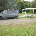 Offroad-Caravan X-Indoor / Produkt: Offroad-Wohnkabine auf Einachser-Fahrgestell / Modell Black für VW-Bus