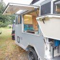 Offroad-Caravan X-Indoor / Produkt: Offroad-Wohnkabine auf Einachser-Fahrgestell / Schlafhubdach und Fahrradträger