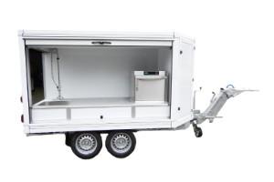 Fahrzeugbau – Produkt: Geschirrspülmobil und Geschirrspülanhänger
